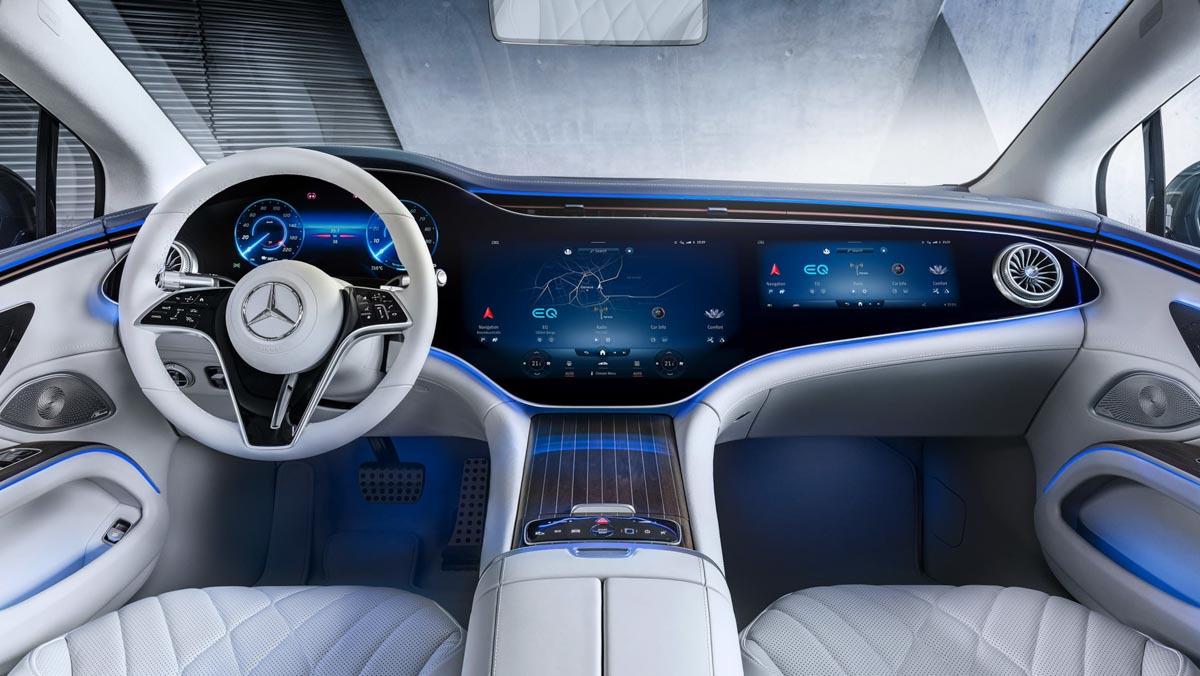 Mercedes-Benz-EQS-8