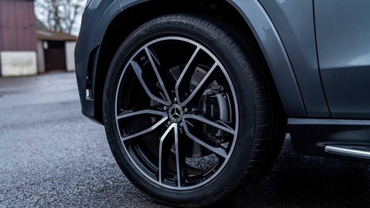 Mercedes-GLS400d-6