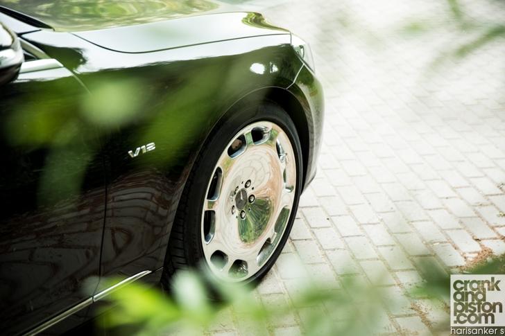 Mercedes-Maybach S600 meets Mercedes W180 220S crankandpiston-06