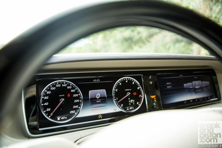 Mercedes-Maybach S600 meets Mercedes W180 220S crankandpiston-15