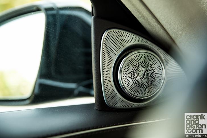 Mercedes-Maybach S600 meets Mercedes W180 220S crankandpiston-17