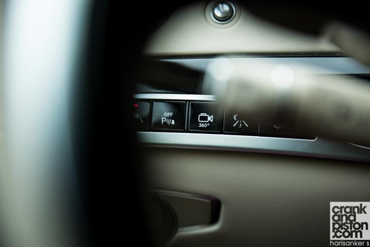 Mercedes-Maybach S600 meets Mercedes W180 220S crankandpiston-18