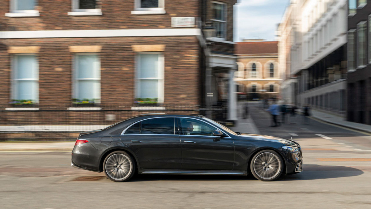 Mercedes-S-class-2021-7
