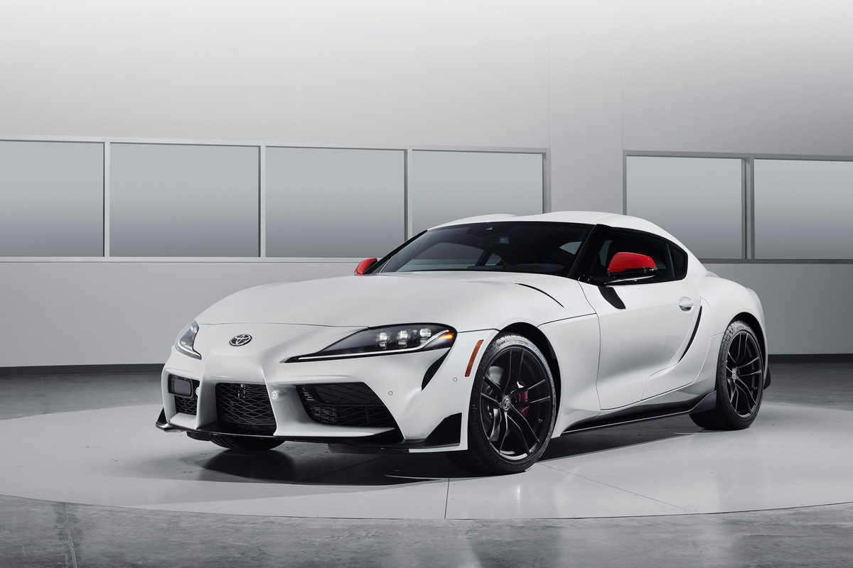 new 2019 toyota supra revealed will it beat the porsche cayman. Black Bedroom Furniture Sets. Home Design Ideas