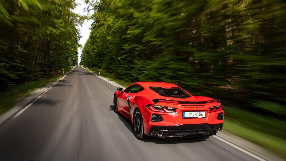 New-Chevrolet-Corvette-C8-1