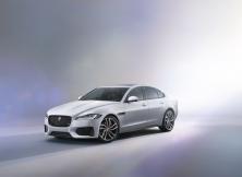 new-jaguar-xf-3