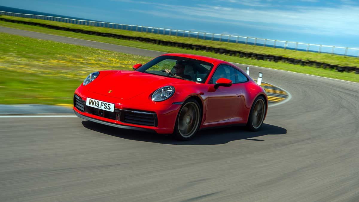Porsche-911-review-1