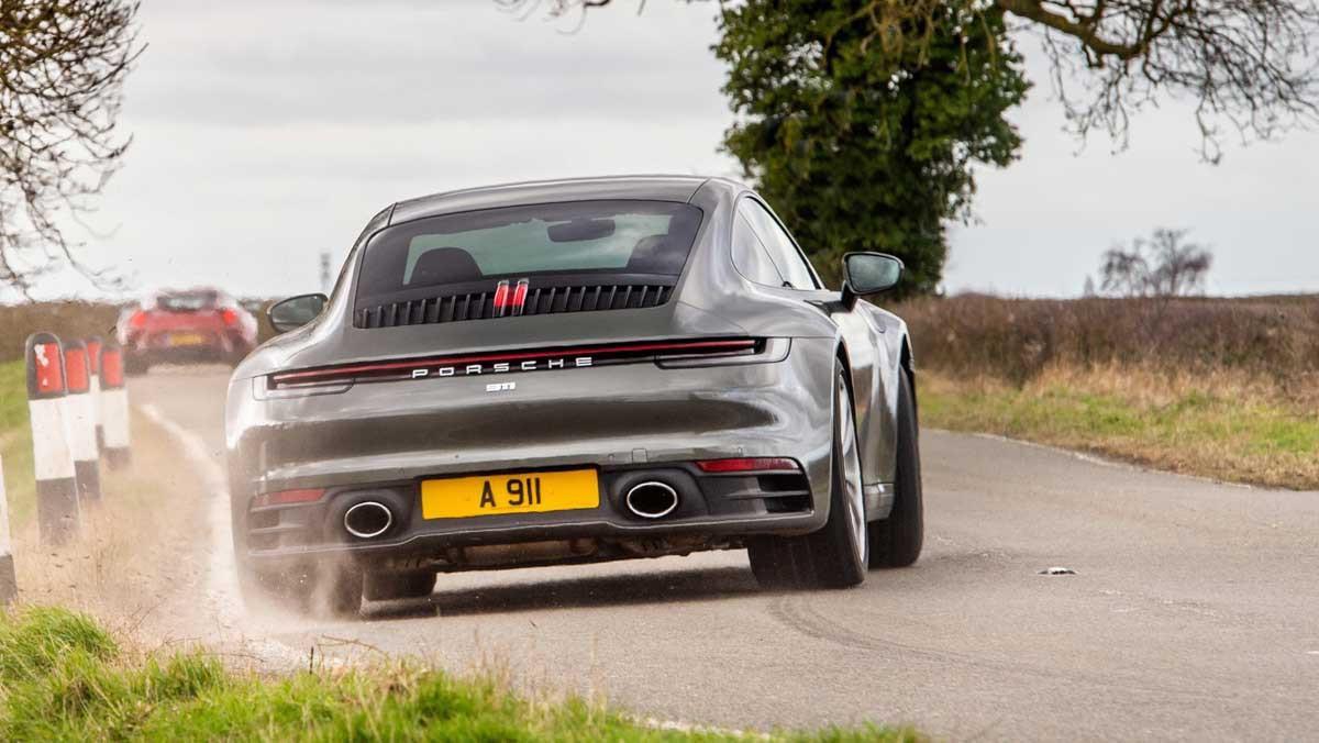 Porsche-911-review-17