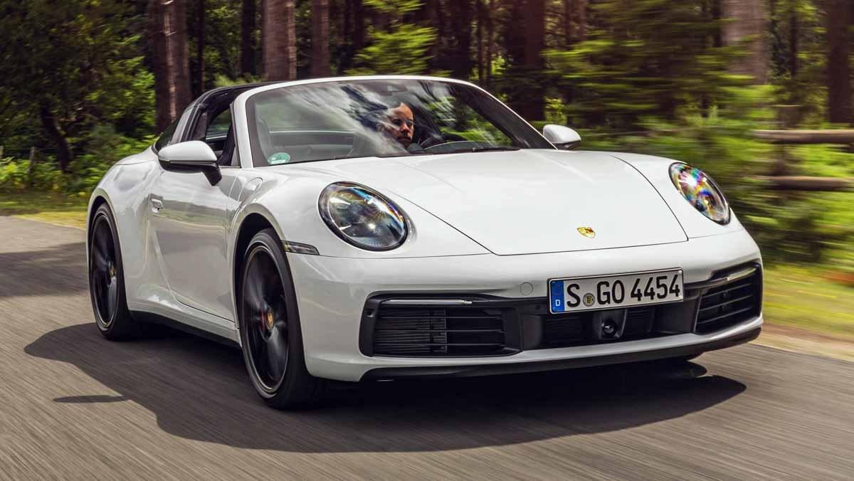 Porsche-911-review-19