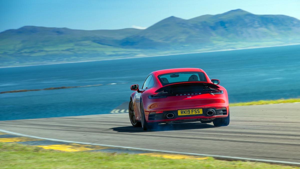 Porsche-911-review-2