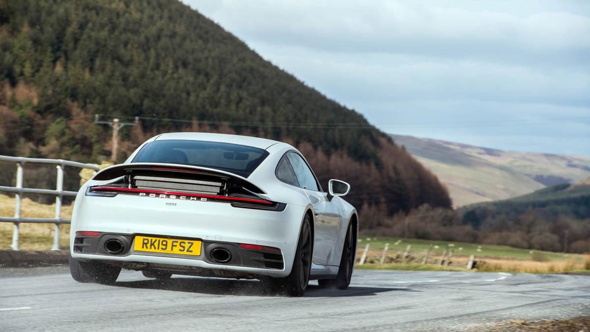 Porsche-911-review-20