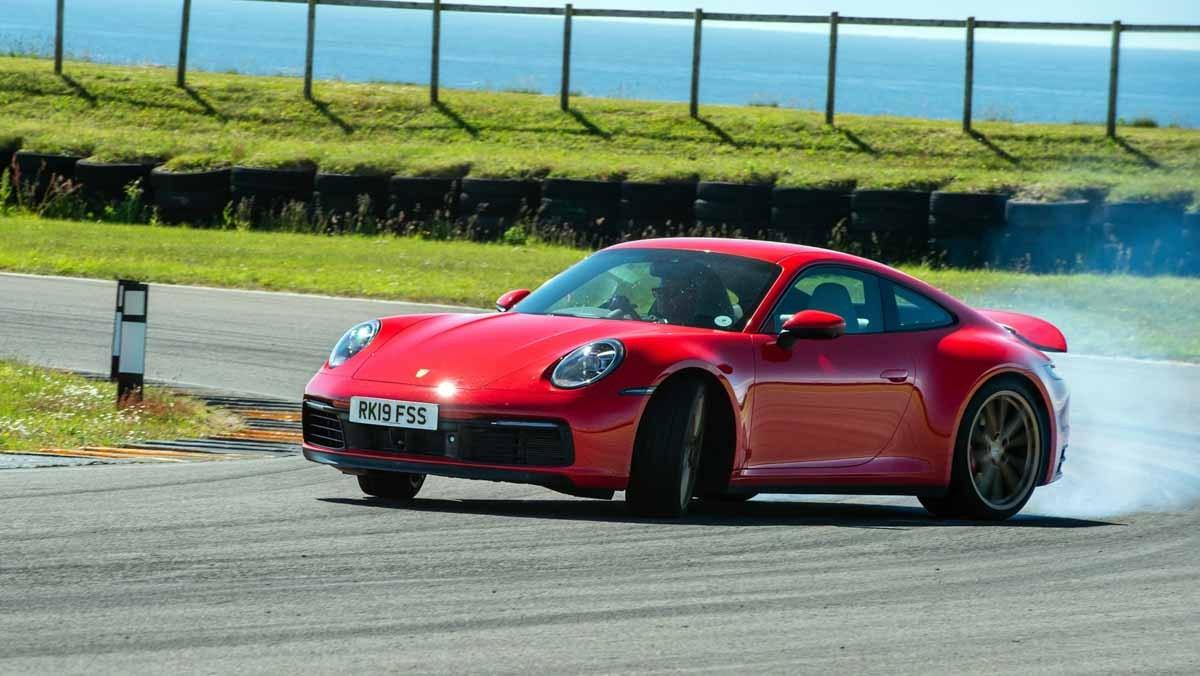 Porsche-911-review-3