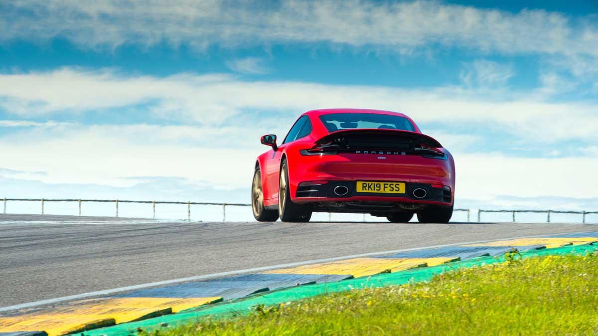 Porsche-911-review-4