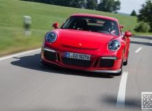 new-porsche-911-gt3-driving-germany-001