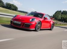 new-porsche-911-gt3-driving-germany-003