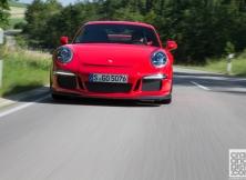 new-porsche-911-gt3-driving-germany-006