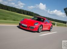 new-porsche-911-gt3-driving-germany-015