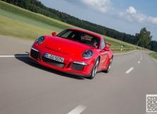 new-porsche-911-gt3-driving-germany-016