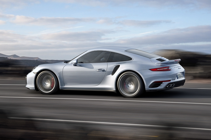 New Porsche 911 Turbo S-9