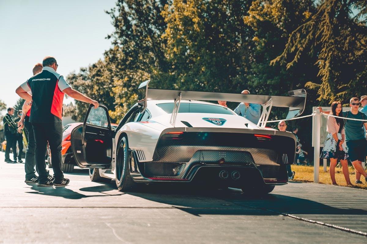New-Porsche-935-review-5