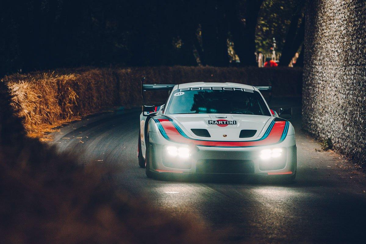 New-Porsche-935-review-8