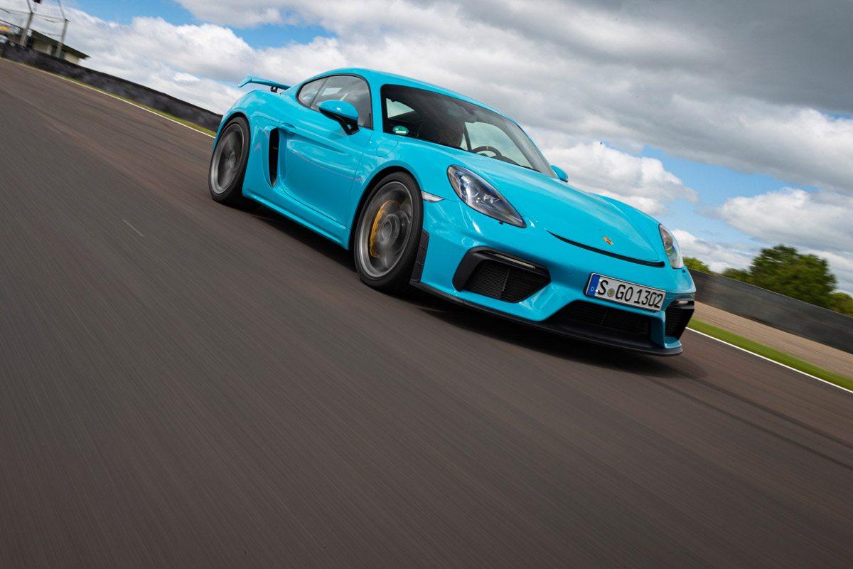 New-Porsche-Cayman-GT4-2019-review-1