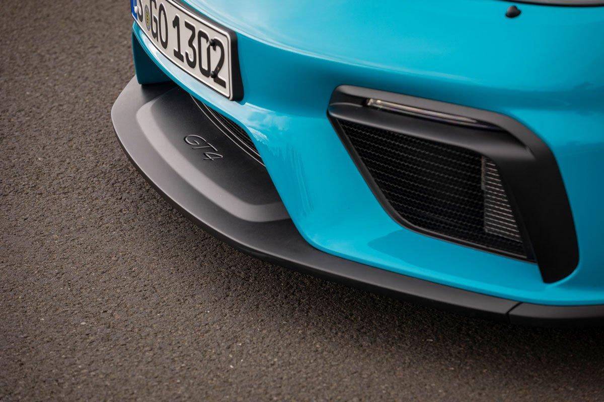 New-Porsche-Cayman-GT4-2019-review-10