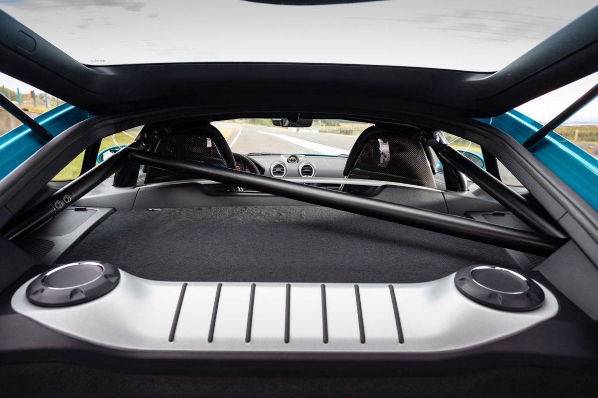 New-Porsche-Cayman-GT4-2019-review-8