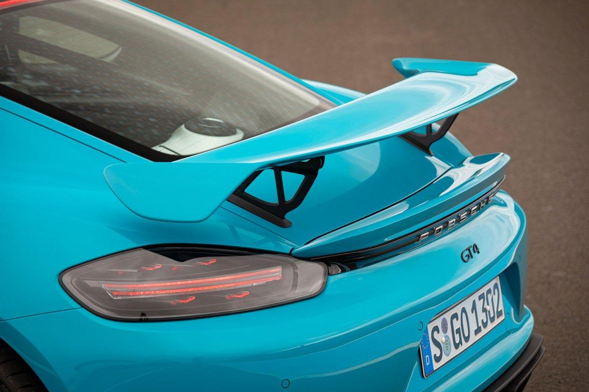 New-Porsche-Cayman-GT4-2019-review-9