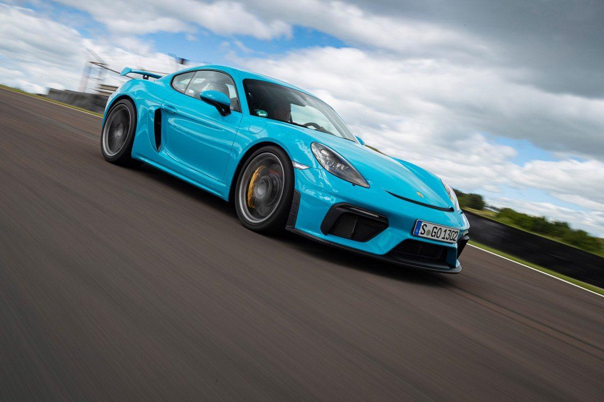 New-Porsche-Cayman-GT4-2019-review-11