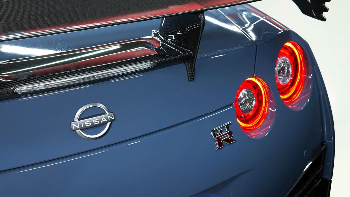 Nissan-GT-R-Nismo-Special-Edition-11