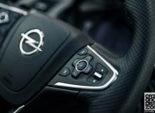 Opel Insignia OPC 16