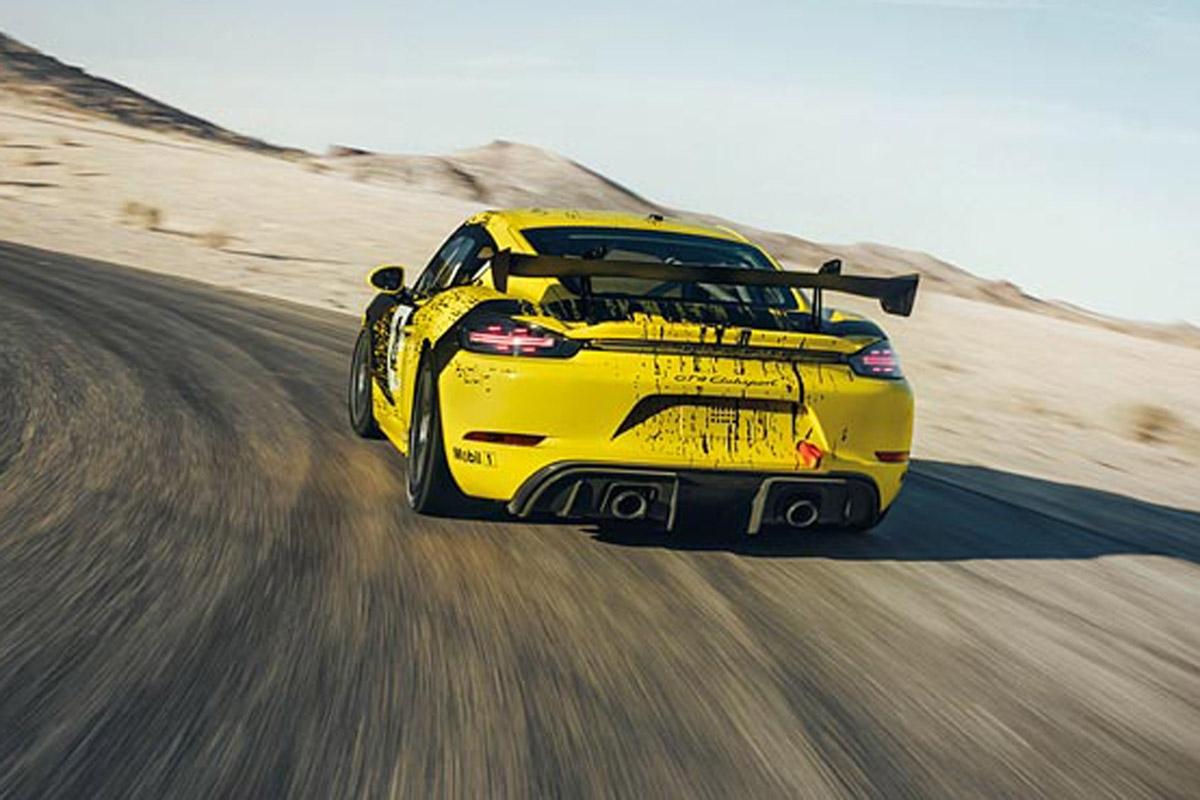 Porsche 718 Cayman GT4 Clubsport -4