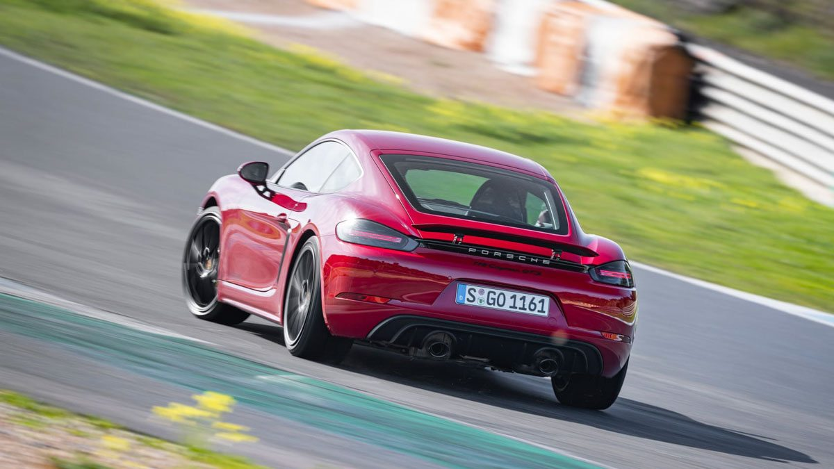 Porsche-718-Cayman-GTS-review-2