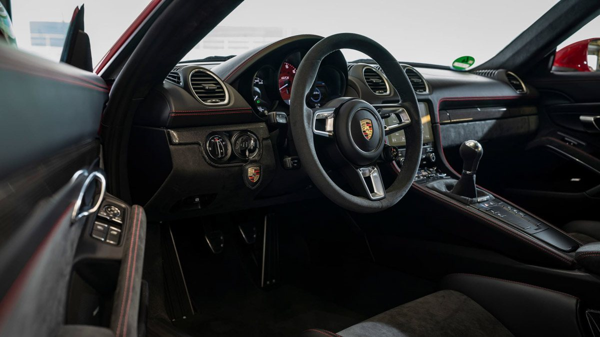 Porsche-718-Cayman-GTS-review-3