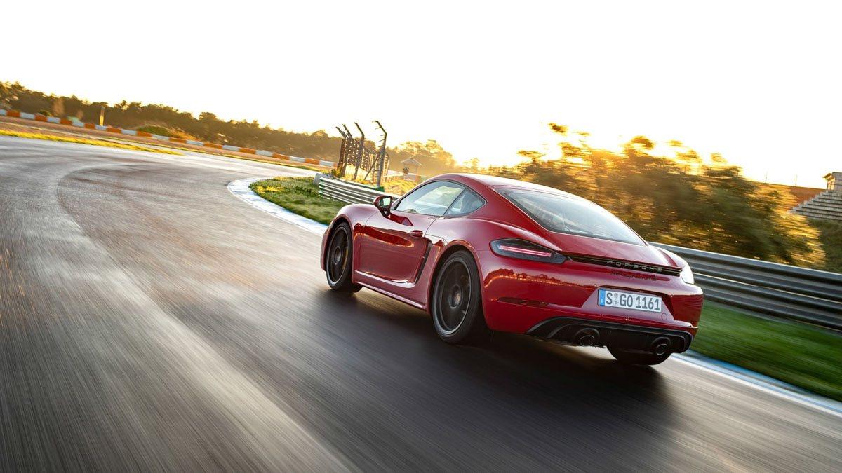 Porsche-718-Cayman-GTS-review-5
