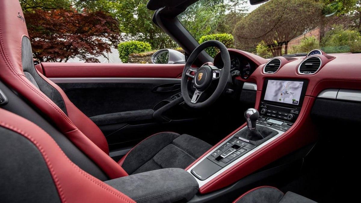 Porsche-718-Spyder-review-3