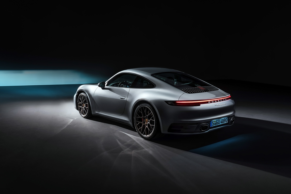 the new porsche 911 is here 992 series takes major evolutionary step for 2019. Black Bedroom Furniture Sets. Home Design Ideas