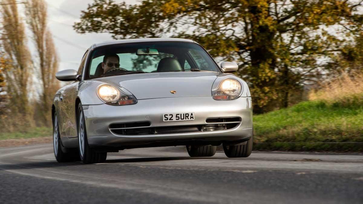 Porsche-911-Carrera-996-9