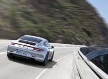 Porsche 911 Carrera GTS 06