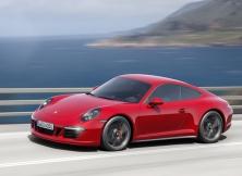 Porsche 911 Carrera GTS 01