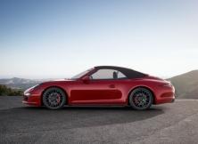 Porsche 911 Carrera GTS 03