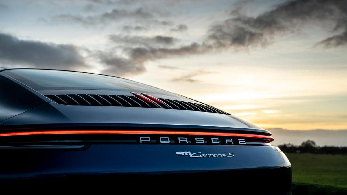 Porsche-911-Carrera-S-12