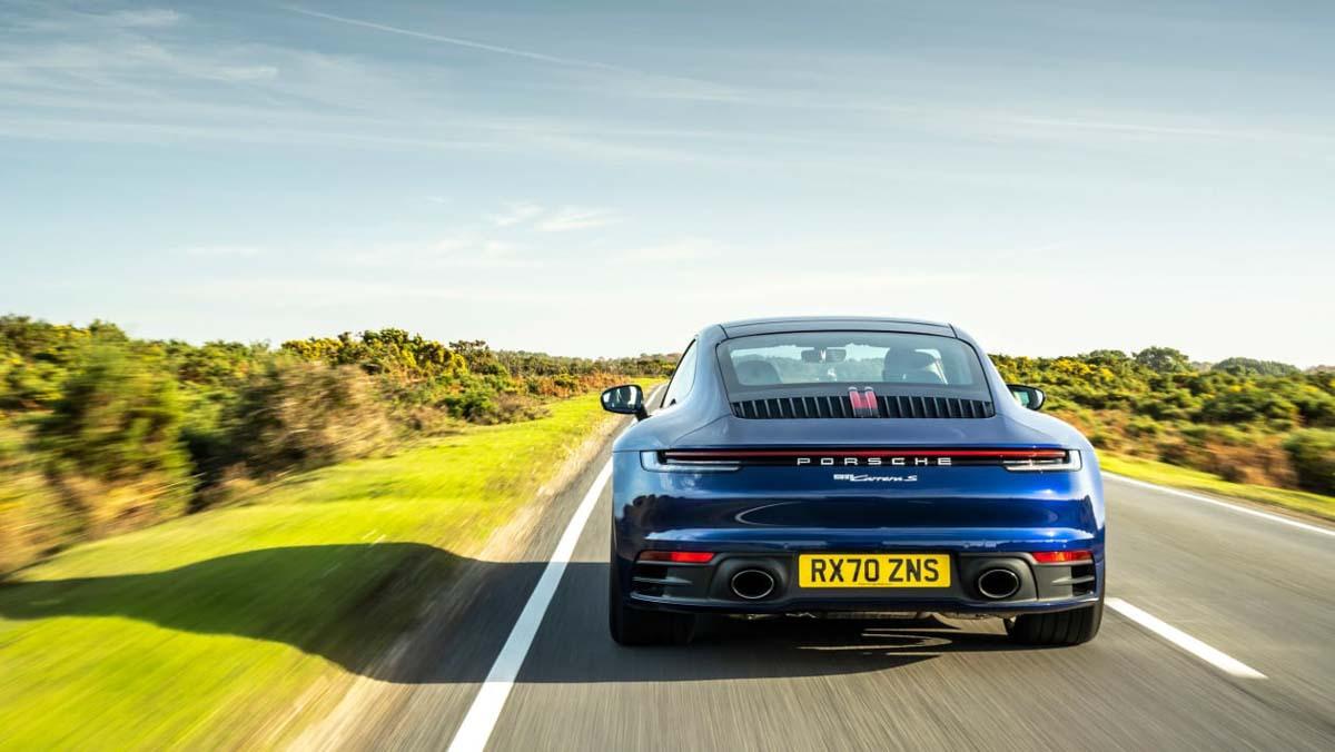 Porsche-911-Carrera-S-14