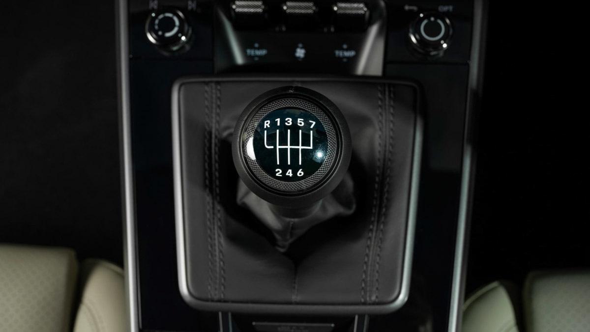 Porsche-911-Carrera-S-9