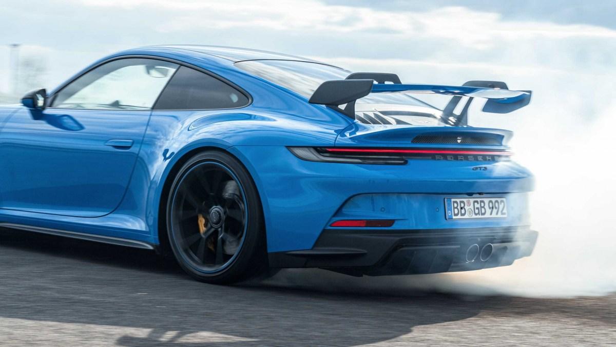 Porsche-911-GT3-2021-6