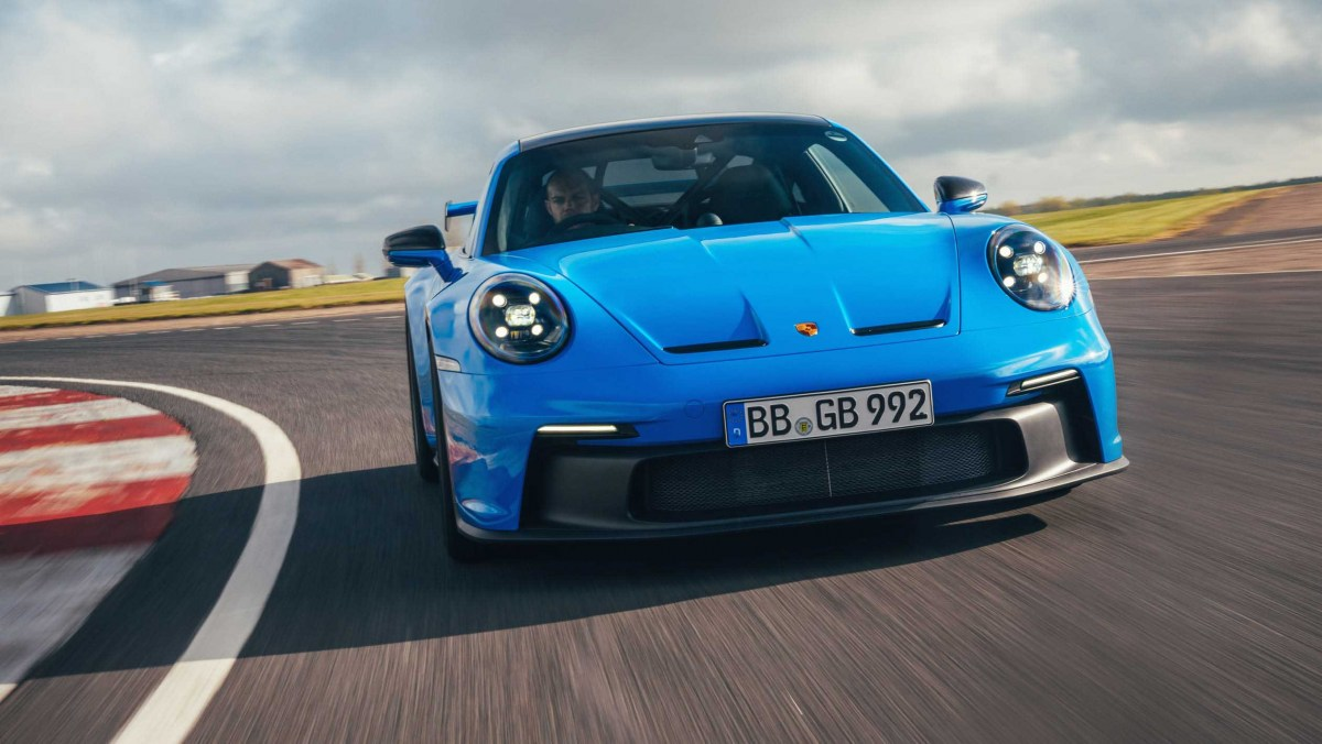 Porsche-911-GT3-2021-8