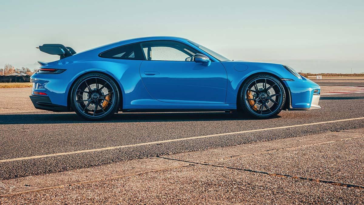 Porsche-911-GT3-2021-9