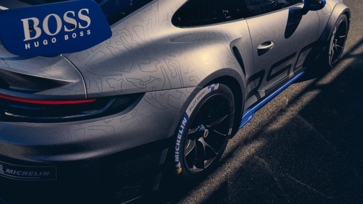 Porsche-911-GT3-Cup-4