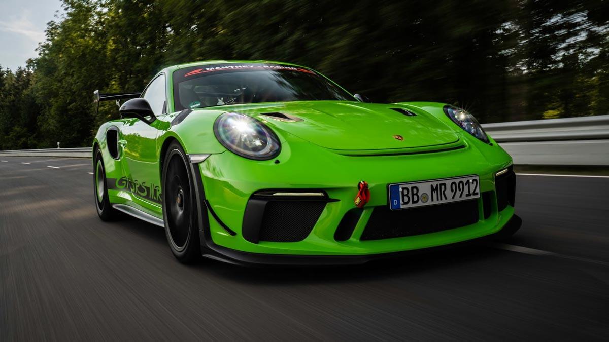 Porsche-911-GT3-RS-1